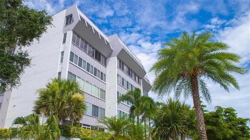 1200 E PEPPERTREE LANE #301, Sarasota, FL 34242 - #: A4483707