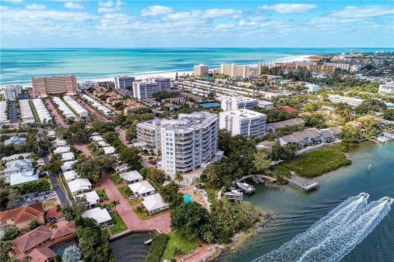 Photo of 1660 SUMMERHOUSE LANE #303, SARASOTA, FL 34242 (MLS # A4458708)