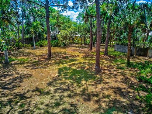 Photo of 710 EAGLE POINT DRIVE, VENICE, FL 34285 (MLS # A4501711)