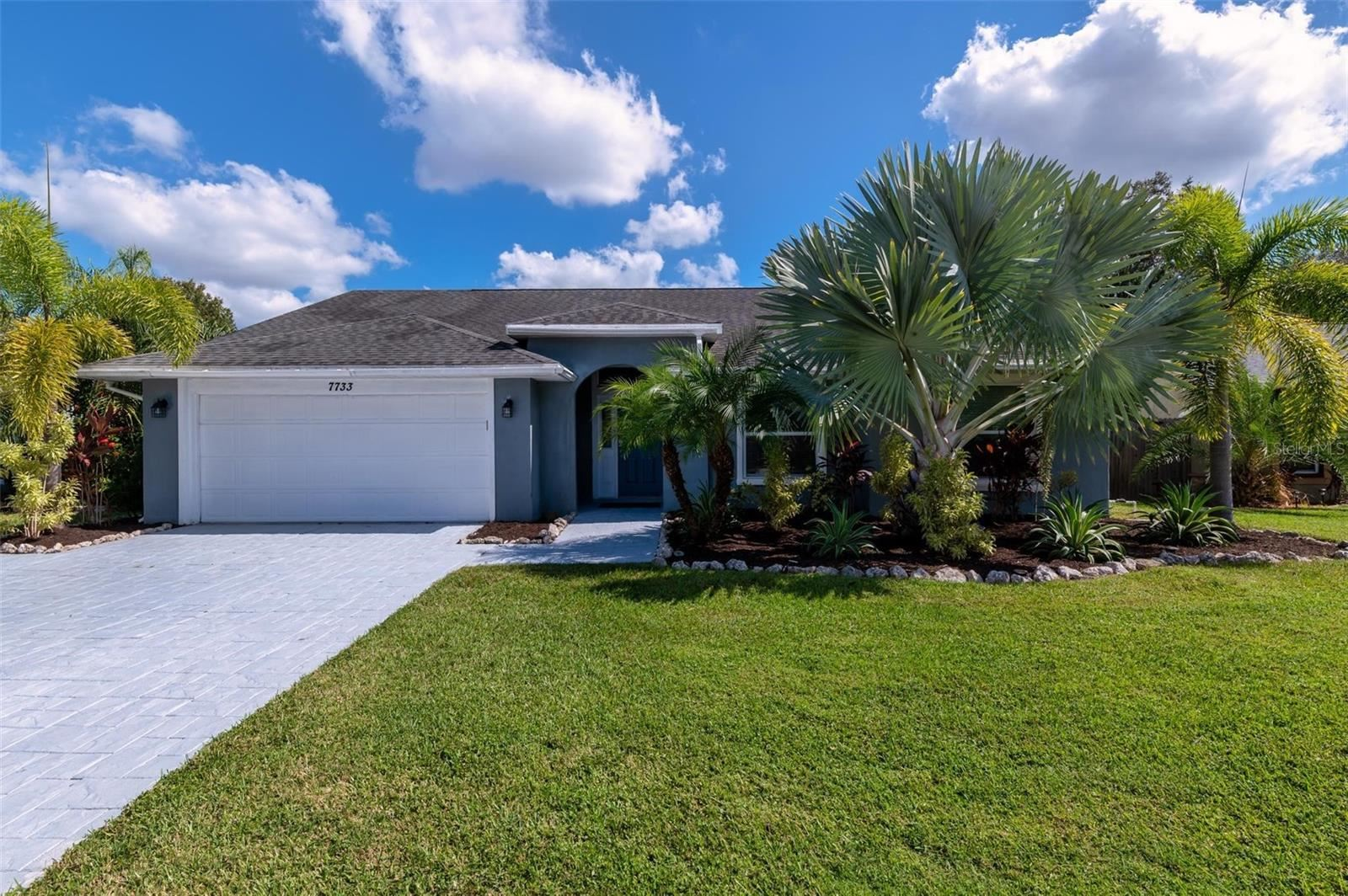 7733 34TH COURT E, Sarasota, FL 34243 - #: A4515712