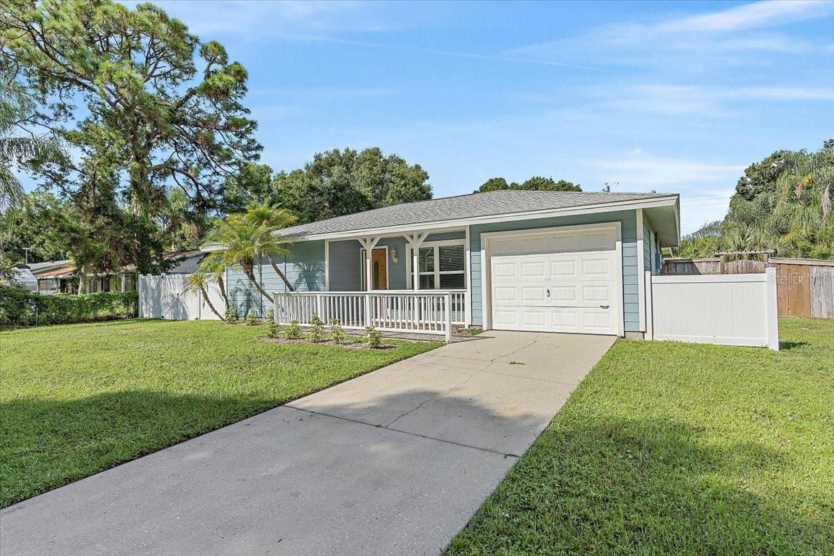 1027 N JEFFERSON AVENUE, Sarasota, FL 34237 - #: A4510713