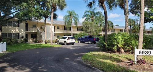 Photo of 6939 W COUNTRY CLUB DRIVE N #162, SARASOTA, FL 34243 (MLS # A4472715)