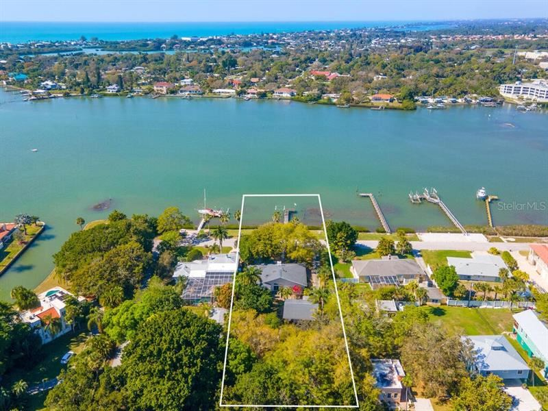 Photo of 115 SUNSET DRIVE, NOKOMIS, FL 34275 (MLS # A4492715)