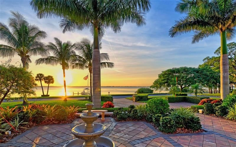 Photo of 7903 LONGBAY BOULEVARD, SARASOTA, FL 34243 (MLS # A4449717)