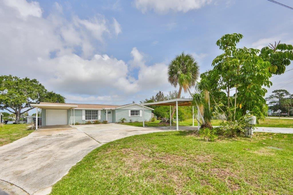 106 6TH STREET NW, Ruskin, FL 33570 - MLS#: T3312718