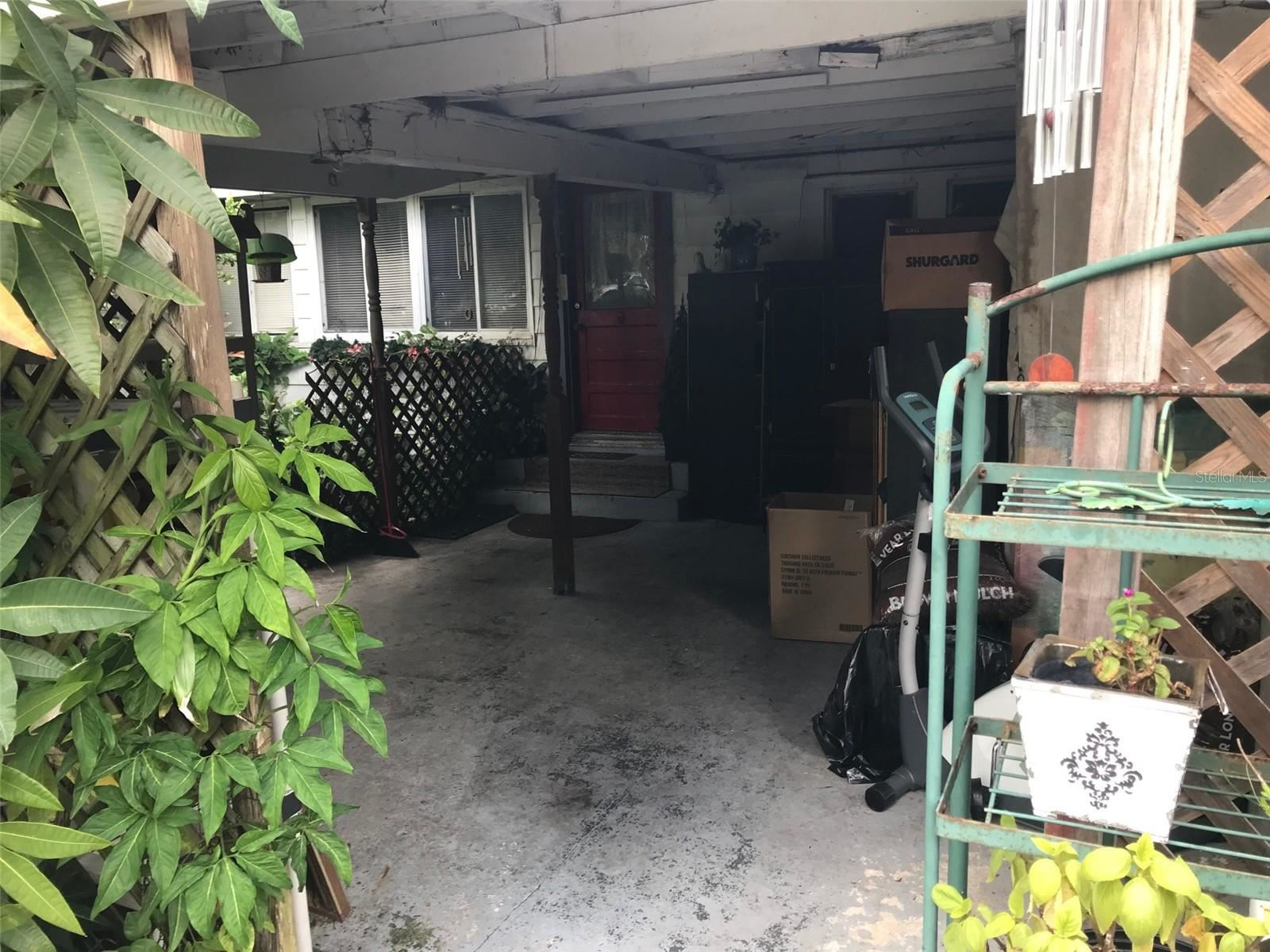 Photo of 826 N HYER AVENUE, ORLANDO, FL 32803 (MLS # O5974719)