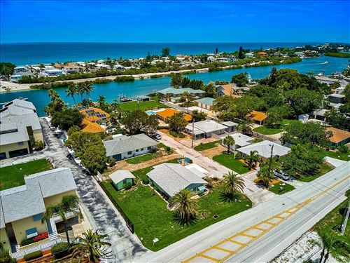 Photo of 113 POCO PLACE, NOKOMIS, FL 34275 (MLS # N6116721)