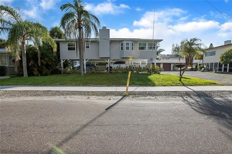 Photo of 3104 AVENUE E, HOLMES BEACH, FL 34217 (MLS # A4463721)