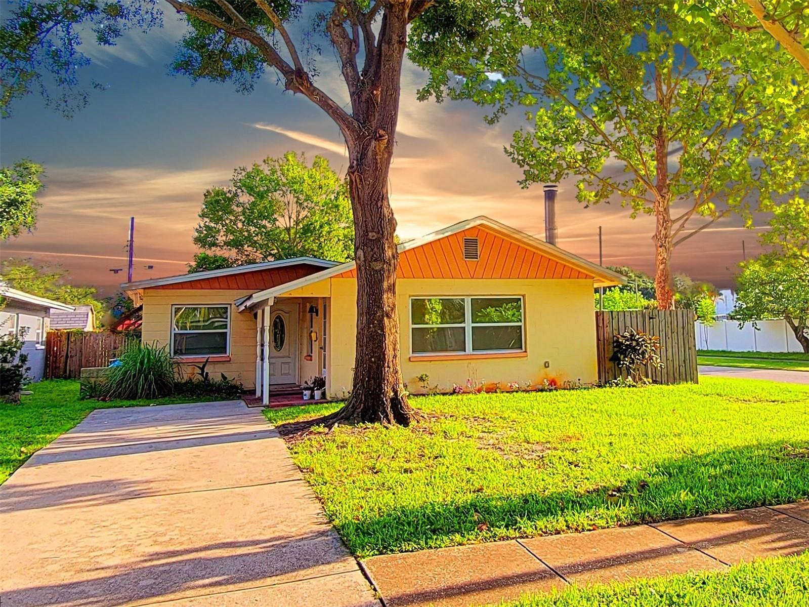 4001 67TH AVENUE N, Pinellas Park, FL 33781 - #: U8134723