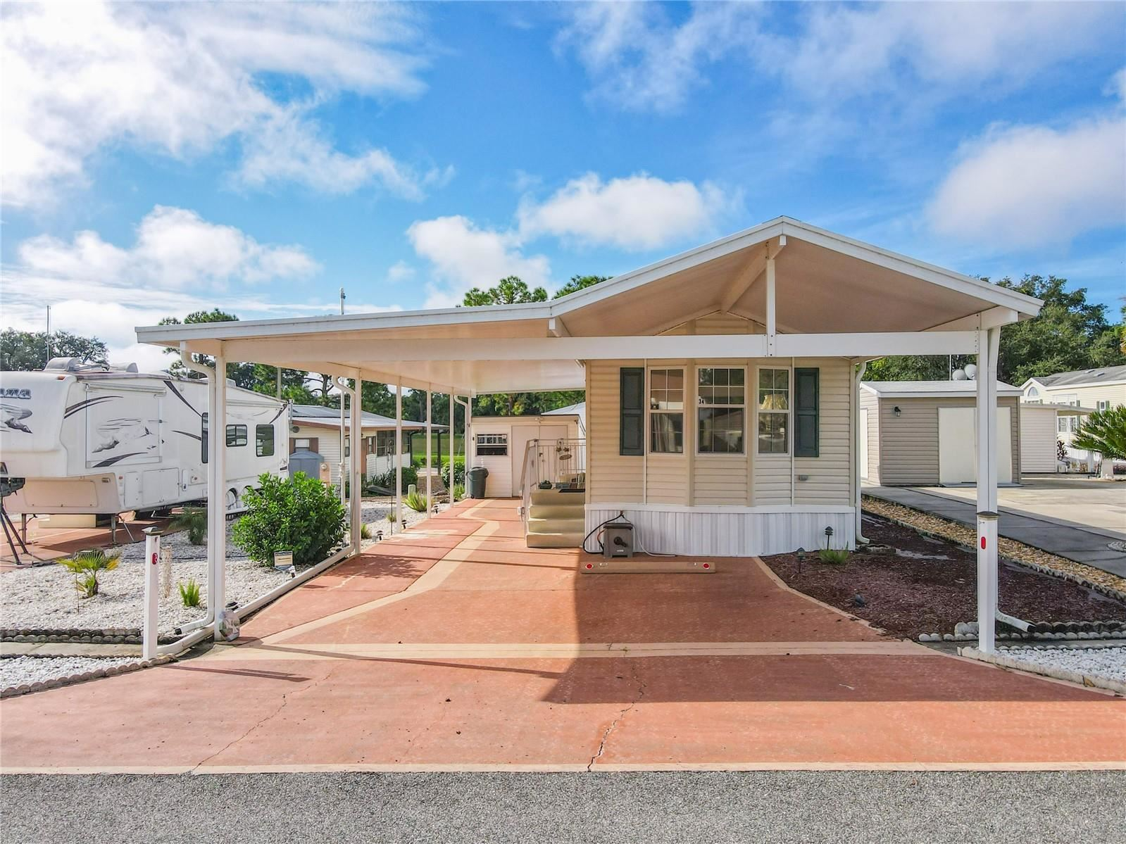 Photo of 34 FAIRVIEW DRIVE N, HAINES CITY, FL 33844 (MLS # S5056730)