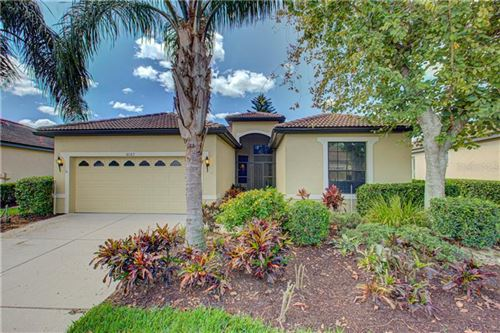 Photo of 8187 STIRLING FALLS CIRCLE, SARASOTA, FL 34243 (MLS # A4463732)