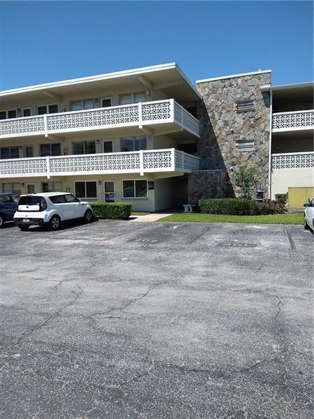 8100 DR MARTIN LUTHER KING JR STREET N #207, Saint Petersburg, FL 33702 - MLS#: U8119732