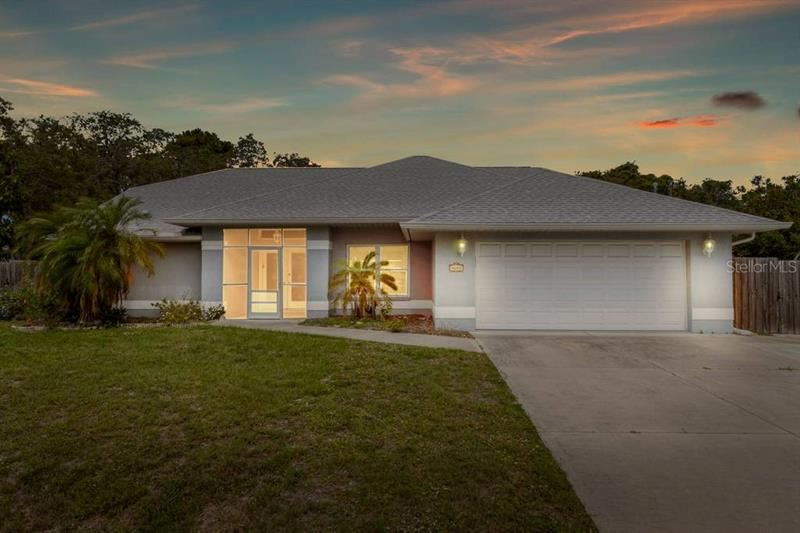 Photo of 5672 BAYLOR ROAD, VENICE, FL 34293 (MLS # A4466734)