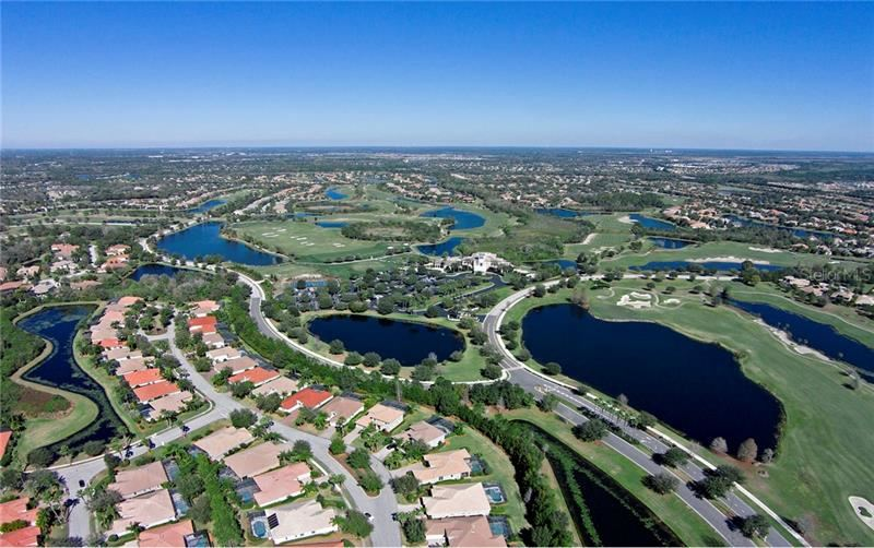 Photo of 12323 THORNHILL COURT, LAKEWOOD RANCH, FL 34202 (MLS # A4467735)