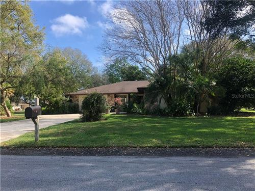 Photo of 140 GREENFIELD ROAD, WINTER HAVEN, FL 33884 (MLS # P4909736)