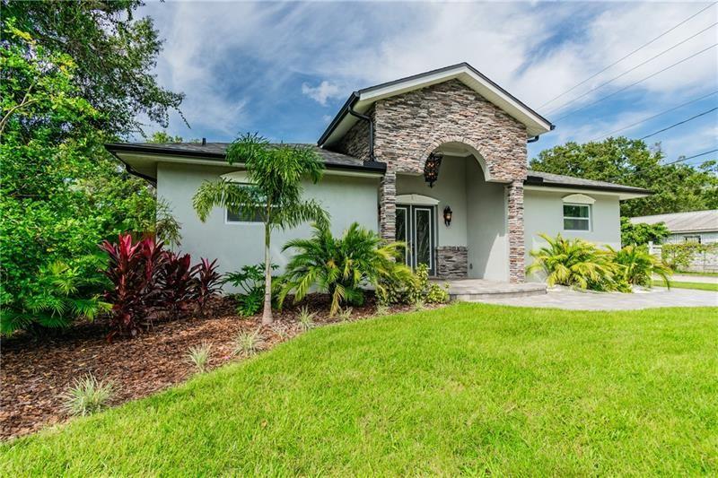 6701 S HIMES AVENUE, Tampa, FL 33611 - #: U8100736