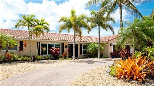 Photo of 616 HAMPSHIRE LANE, HOLMES BEACH, FL 34217 (MLS # U8128739)
