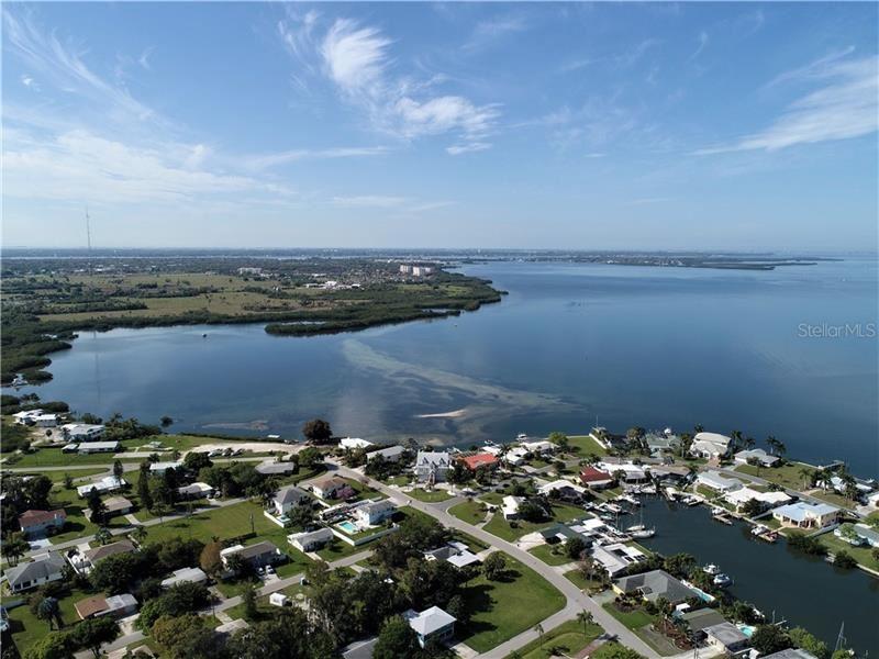 Photo of 805 ARLINGTON ROAD, PALMETTO, FL 34221 (MLS # A4457739)