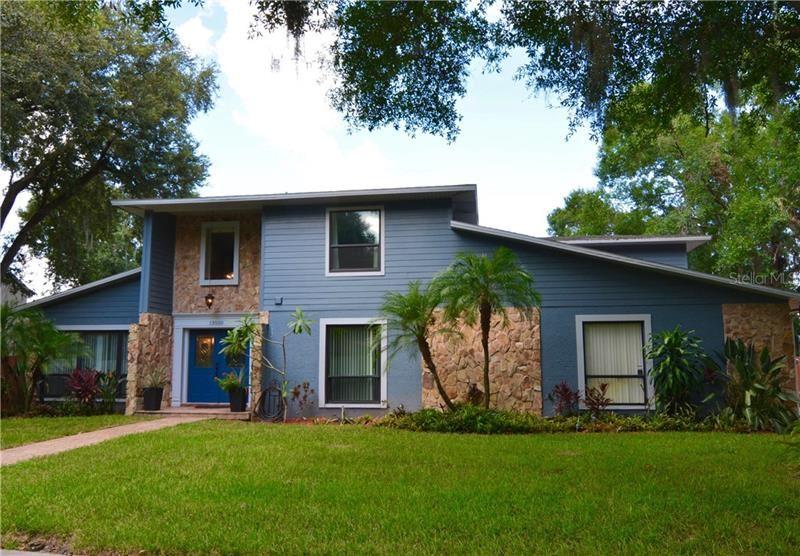 13550 LAKE MAGDALENE DRIVE, Tampa, FL 33613 - MLS#: U8059743
