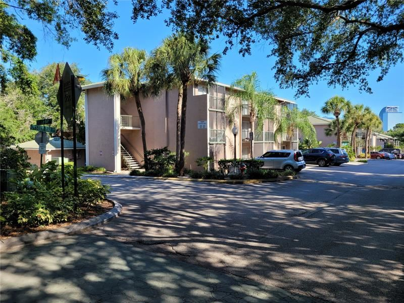151 OYSTER BAY CIRCLE #220, Altamonte Springs, FL 32701 - #: B4900744