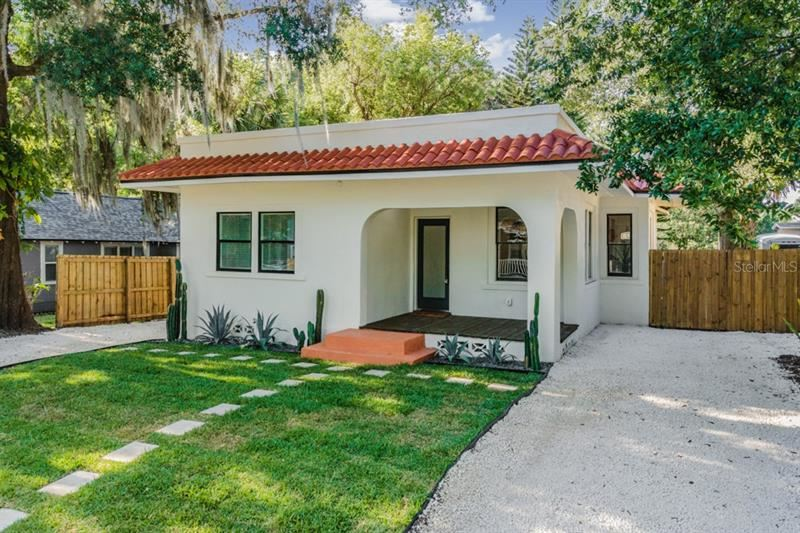 Photo of 105 W ELM STREET, TAMPA, FL 33604 (MLS # T3305745)