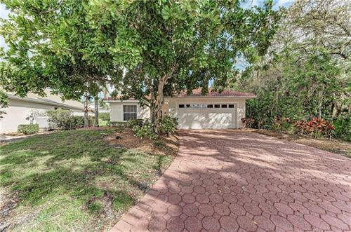 Photo of 7415 FAIRLINKS COURT, SARASOTA, FL 34243 (MLS # A4460748)