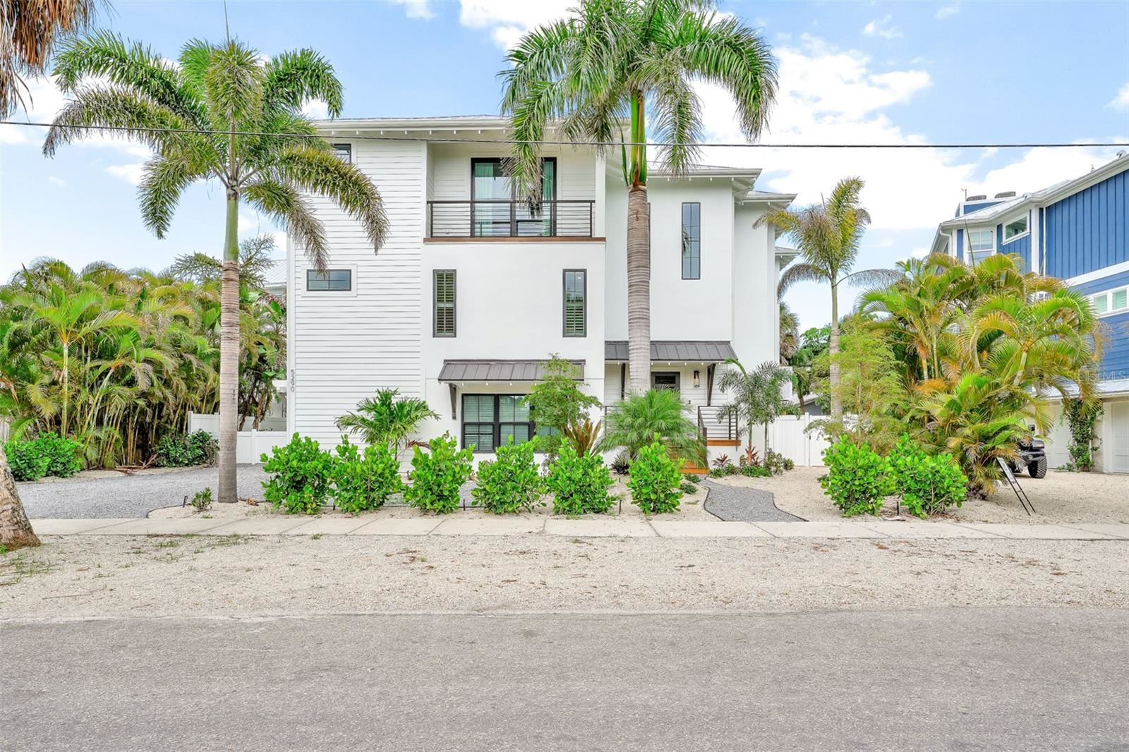5290 AVENIDA NAVARRA, Sarasota, FL 34242 - #: A4505749