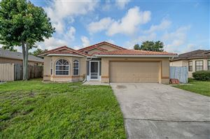 Photo of 2755 MONTEGO BAY BOULEVARD, KISSIMMEE, FL 34746 (MLS # O5786750)