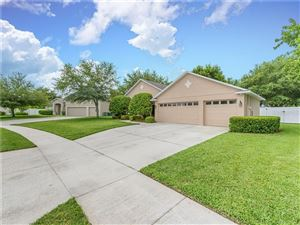 Photo of 1812 WINGED ELM PLACE, WINTER GARDEN, FL 34787 (MLS # O5799751)