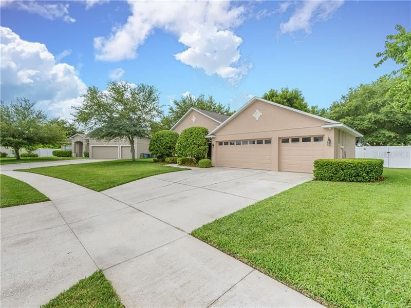 Photo for 1812 WINGED ELM PLACE, WINTER GARDEN, FL 34787 (MLS # O5799751)