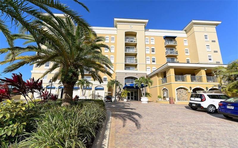 1064 N TAMIAMI TRAIL #1404, Sarasota, FL 34236 - #: A4484752