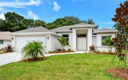Photo of 419 LAKE OF THE WOODS DRIVE, VENICE, FL 34293 (MLS # D6112753)