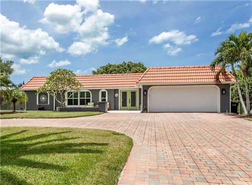 Photo of 417 BAYSHORE DRIVE, VENICE, FL 34285 (MLS # N6110754)