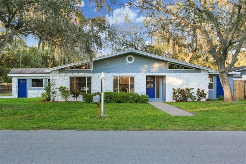 2105 S VILLAGE AVENUE, Tampa, FL 33612 - #: T3251756