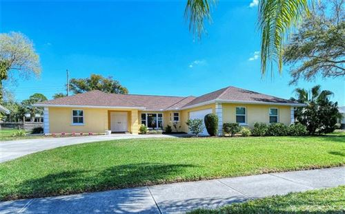 Photo of 6953 ANTIGUA PLACE, SARASOTA, FL 34231 (MLS # A4492764)
