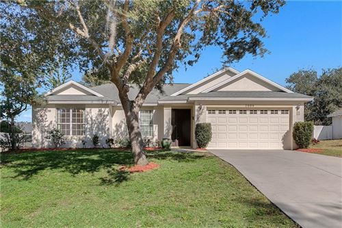 Photo of 2006 OAKBEND DRIVE, EUSTIS, FL 32726 (MLS # O5835764)