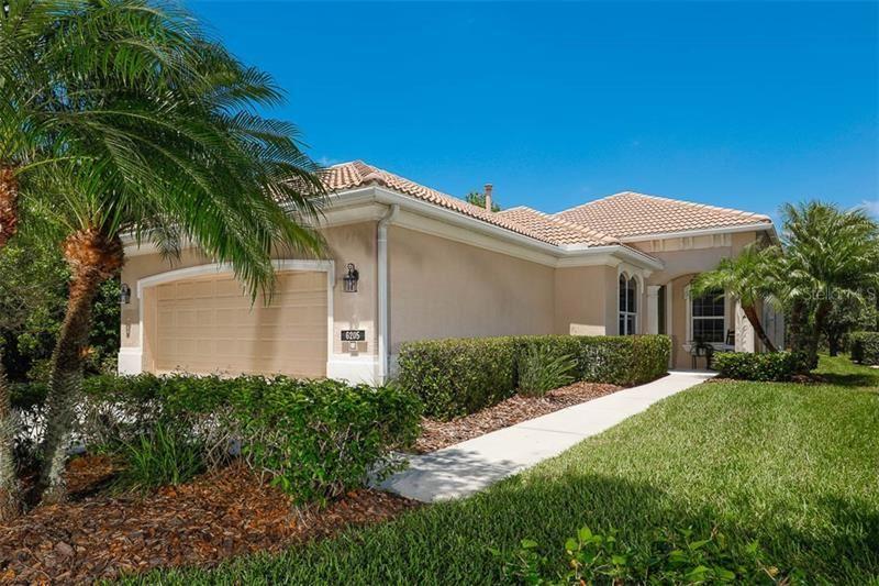 Photo of 6205 WINGSPAN WAY, BRADENTON, FL 34203 (MLS # A4466768)