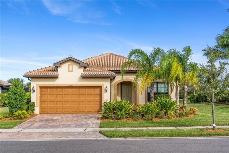 Photo of 13800 SAYDA STREET, VENICE, FL 34293 (MLS # N6112769)