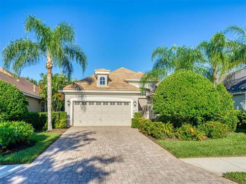 Photo of 7320 LAKE FOREST GLEN, LAKEWOOD RANCH, FL 34202 (MLS # A4478771)