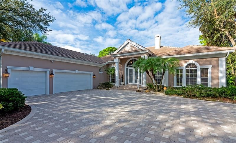 Photo of 8022 COLLINGWOOD COURT, UNIVERSITY PARK, FL 34201 (MLS # A4481772)