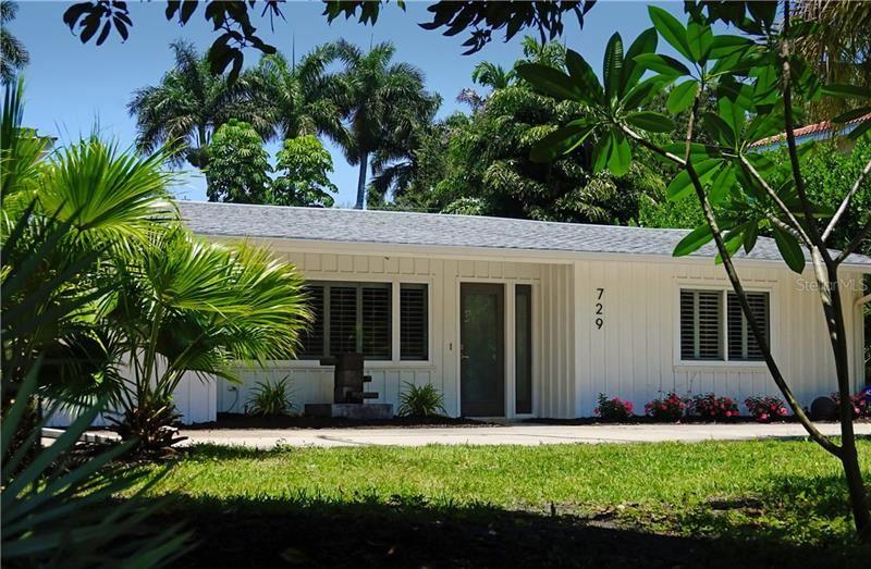 729 INDIAN BEACH CIRCLE, Sarasota, FL 34234 - #: A4467775
