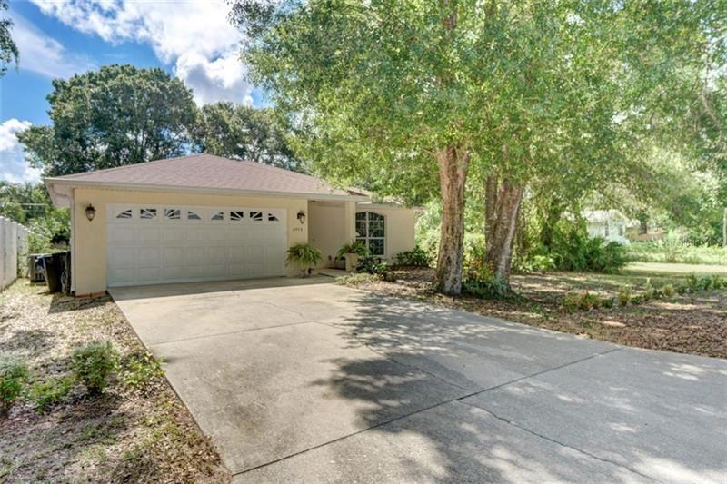 2973 WOODPINE CIRCLE, Sarasota, FL 34231 - #: N6110777