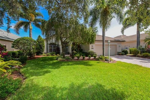 Photo of 6619 WATERS EDGE WAY, LAKEWOOD RANCH, FL 34202 (MLS # A4470779)