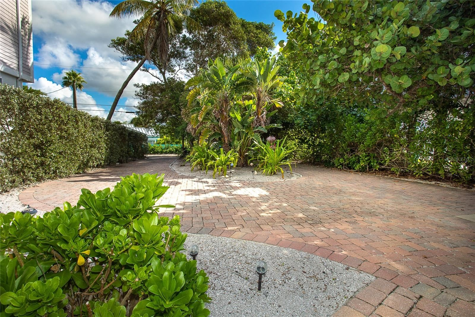 Photo of 1270 SHORE VIEW DRIVE, ENGLEWOOD, FL 34223 (MLS # D6121779)