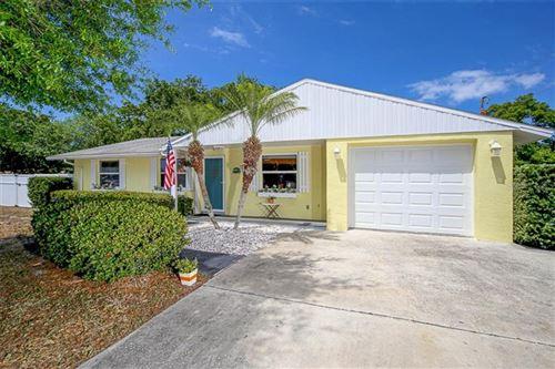 Photo of 1046 ROYAL ROAD, VENICE, FL 34293 (MLS # D6111781)