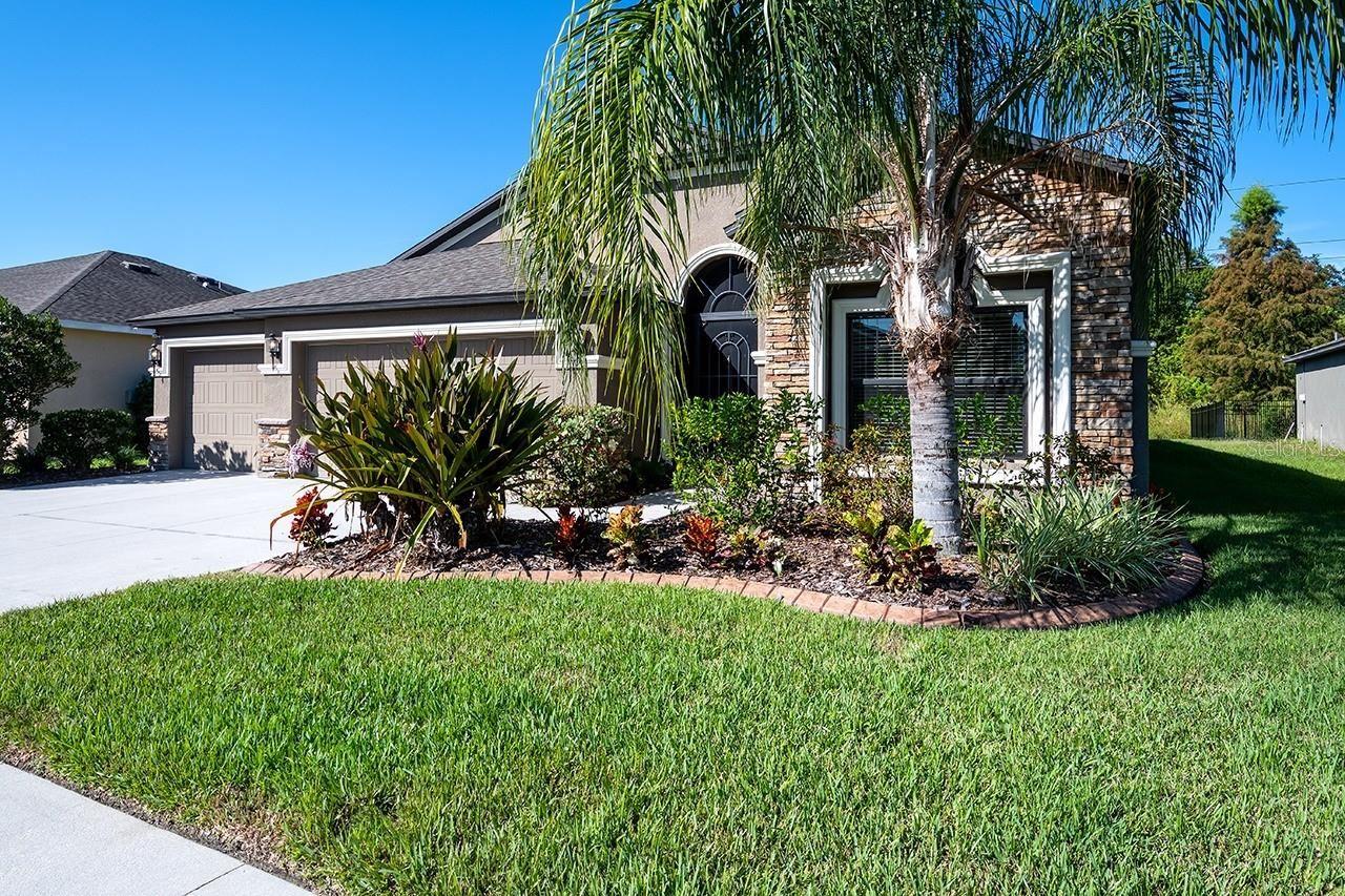 Photo of 8907 AMEN CORNER PLACE, PALMETTO, FL 34221 (MLS # A4515781)