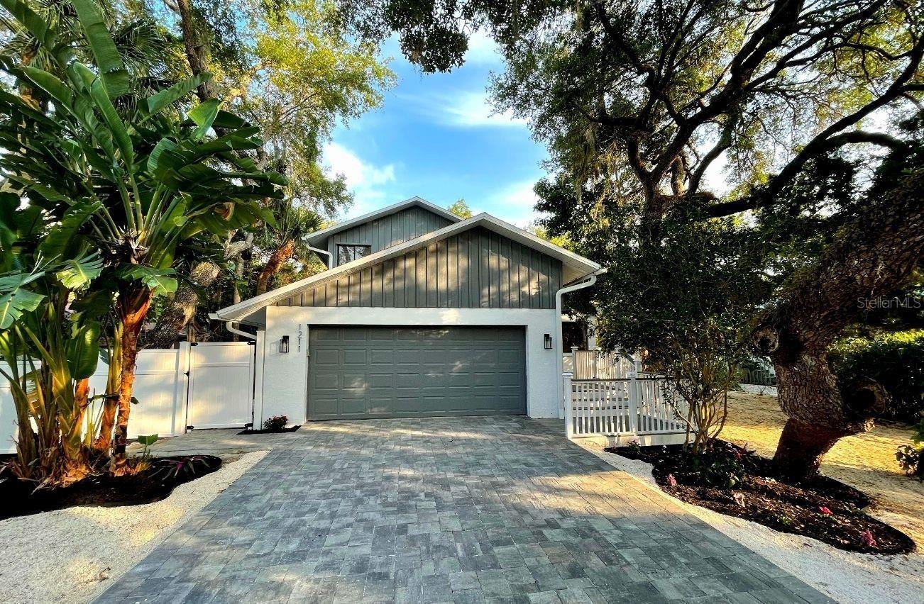 1211 N VIEW DRIVE, Sarasota, FL 34242 - #: A4498787