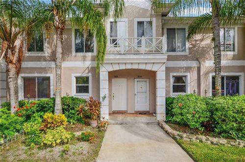 Photo of 18111 PARADISE POINT DRIVE, TAMPA, FL 33647 (MLS # T3271789)