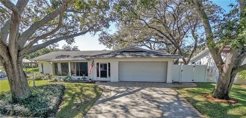 Photo of 9658 135 WAY, SEMINOLE, FL 33776 (MLS # T3277793)