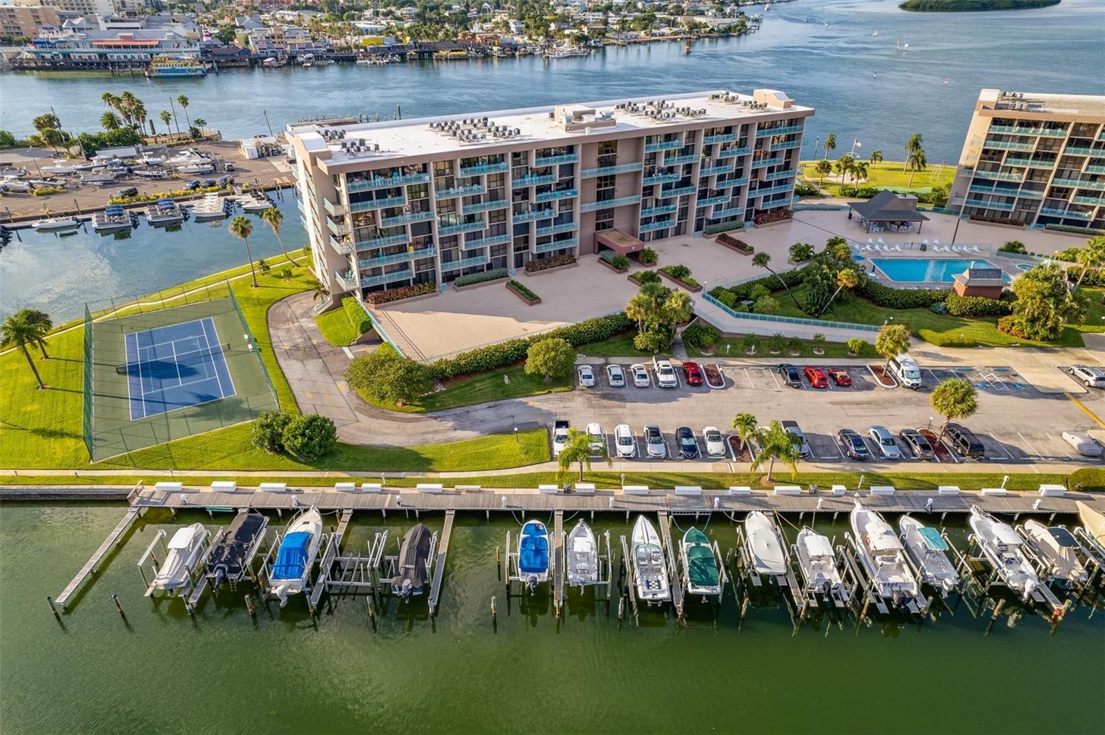 1 KEY CAPRI #302W, Treasure Island, FL 33706 - MLS#: T3332794